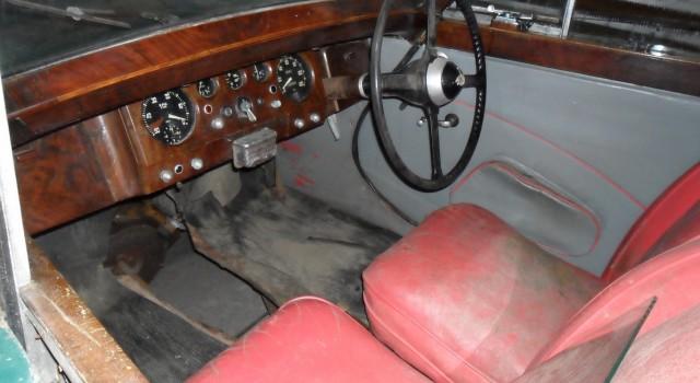 Jaguar Mark V (MK 5) rocznik 1949. Silnik 3,5 L, 4-ro biegowa, manualna skrzynia biegów. Zdjęcia tuż po sprowadzeniu auta z Danii. Auto kompletne. Etap 1: Wstępna, wizualna ocena stanu […]